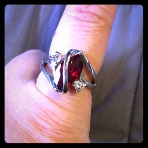 Jewelry - Large fashion ring, simulated ruby